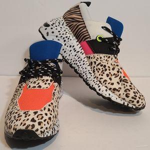 Steve Madden Cliff Leopard Tiger Print Sneakers